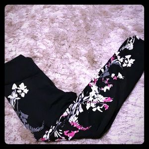 Fabletics floral detail workout tights